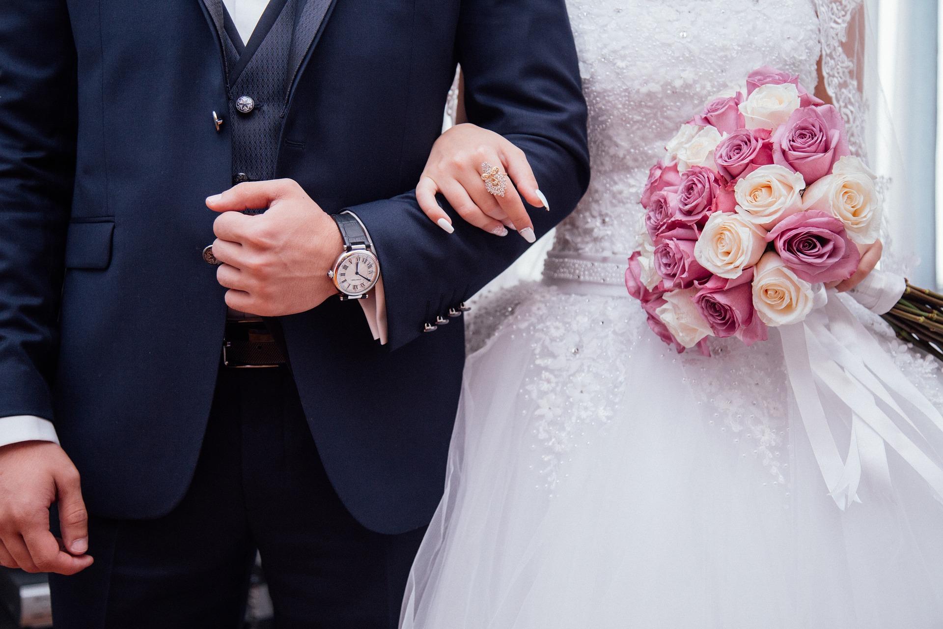 Oblečenie na svadbu – čo je vhodné voliť?